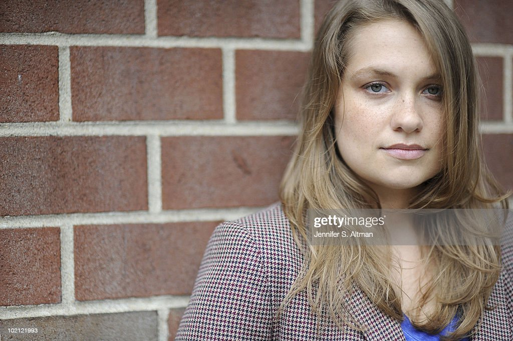 Actress Merritt Wever poses at a portrait session for the Los Angeles Times in New York, NY on June 9, 2010. (Photo by Jennifer S. Altman/ Contour by Getty Images).