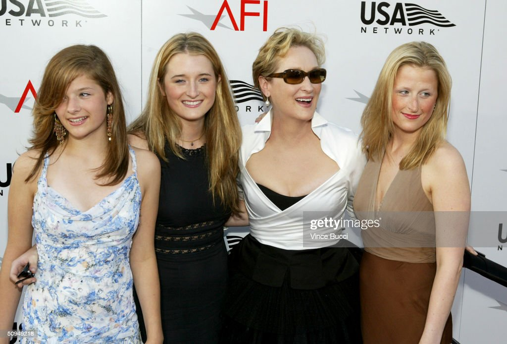 Actress <a gi-track='captionPersonalityLinkClicked' href=/galleries/search?phrase=Meryl+Streep&family=editorial&specificpeople=171097 ng-click='$event.stopPropagation()'>Meryl Streep</a> and her daughters attend the 32nd Annual AFI Life Achievement Award: A Tribute to <a gi-track='captionPersonalityLinkClicked' href=/galleries/search?phrase=Meryl+Streep&family=editorial&specificpeople=171097 ng-click='$event.stopPropagation()'>Meryl Streep</a> on June 10, 2004 at the Kodak Theatre in Hollywood, California.