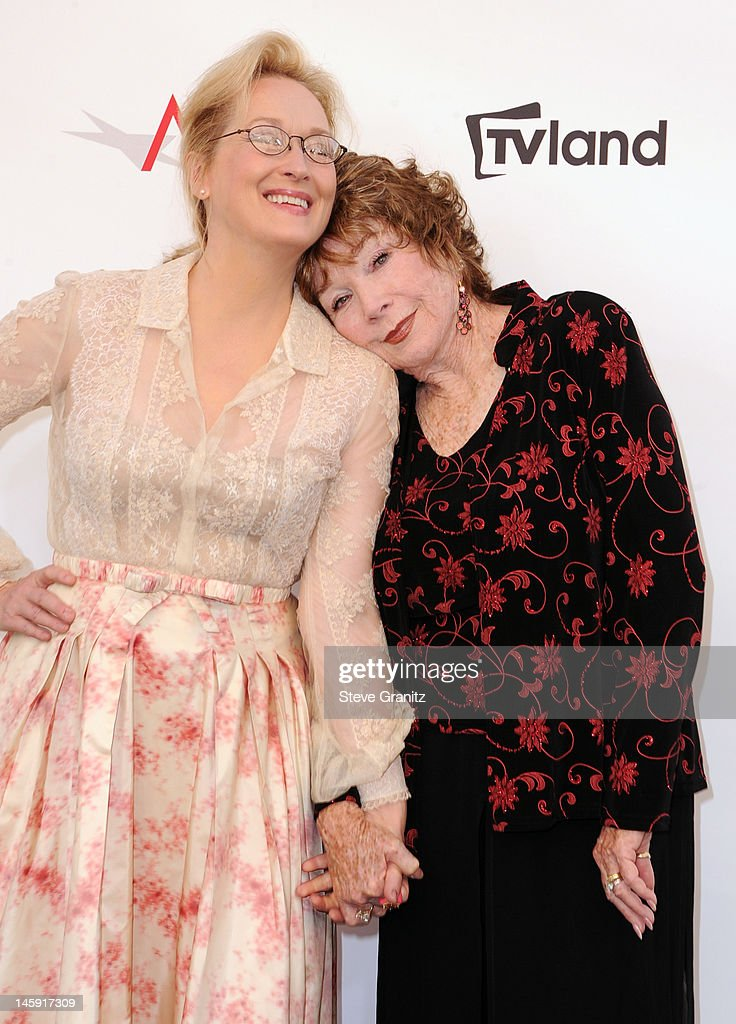 Actress <a gi-track='captionPersonalityLinkClicked' href=/galleries/search?phrase=Meryl+Streep&family=editorial&specificpeople=171097 ng-click='$event.stopPropagation()'>Meryl Streep</a> (L) and Honoree <a gi-track='captionPersonalityLinkClicked' href=/galleries/search?phrase=Shirley+MacLaine&family=editorial&specificpeople=204788 ng-click='$event.stopPropagation()'>Shirley MacLaine</a> arrive at the 40th AFI Life Achievement Award honoring <a gi-track='captionPersonalityLinkClicked' href=/galleries/search?phrase=Shirley+MacLaine&family=editorial&specificpeople=204788 ng-click='$event.stopPropagation()'>Shirley MacLaine</a> held at Sony Pictures Studios on June 7, 2012 in Culver City, California. The AFI Life Achievement Award tribute to <a gi-track='captionPersonalityLinkClicked' href=/galleries/search?phrase=Shirley+MacLaine&family=editorial&specificpeople=204788 ng-click='$event.stopPropagation()'>Shirley MacLaine</a> will premiere on TV Land on Saturday, June 24 at 9PM