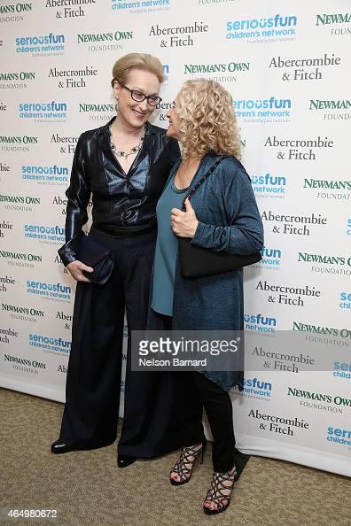 Actress Meryl Streep and singer Carole King attend SeriousFun Children's Network 2015 New York Gala An Evening of SeriousFun Celebrating the Legacy...