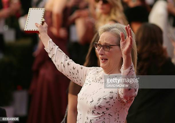 Actress Meryl Streep arrives for the 23rd AnnualScreen Actors Guild Awards in Los Angeles California on January 29 2017 / AFP / DAVID MCNEW