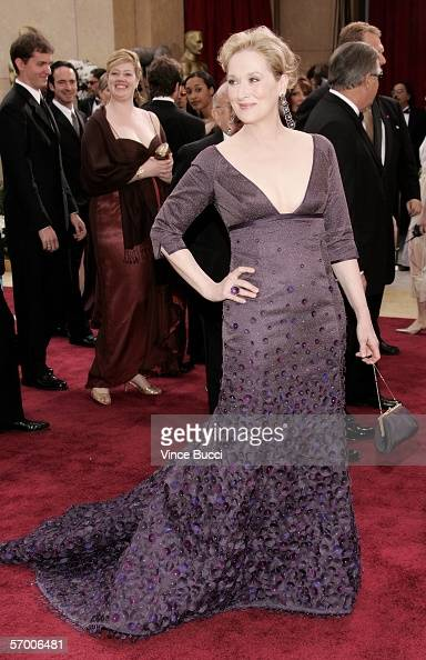 Actress Meryl Streep arrives to the 78th Annual Academy Awards at the Kodak Theatre on March 5 2006 in Hollywood California