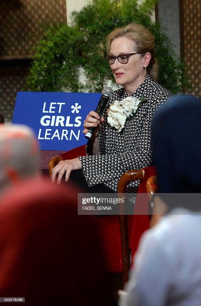 US actress Meryl Streep speaks as she meets with Moroccan young women following the 'Let Girls Learn' Program along with US first lady on June 28, 2016 in the Western Moroccan city of Marrakesh. US First Lady Michelle Obama began a two day visit to Morocco to participate in a CNN-moderated conversation with adolescent girls on the challenges they face in getting a quality education. / AFP / FADEL