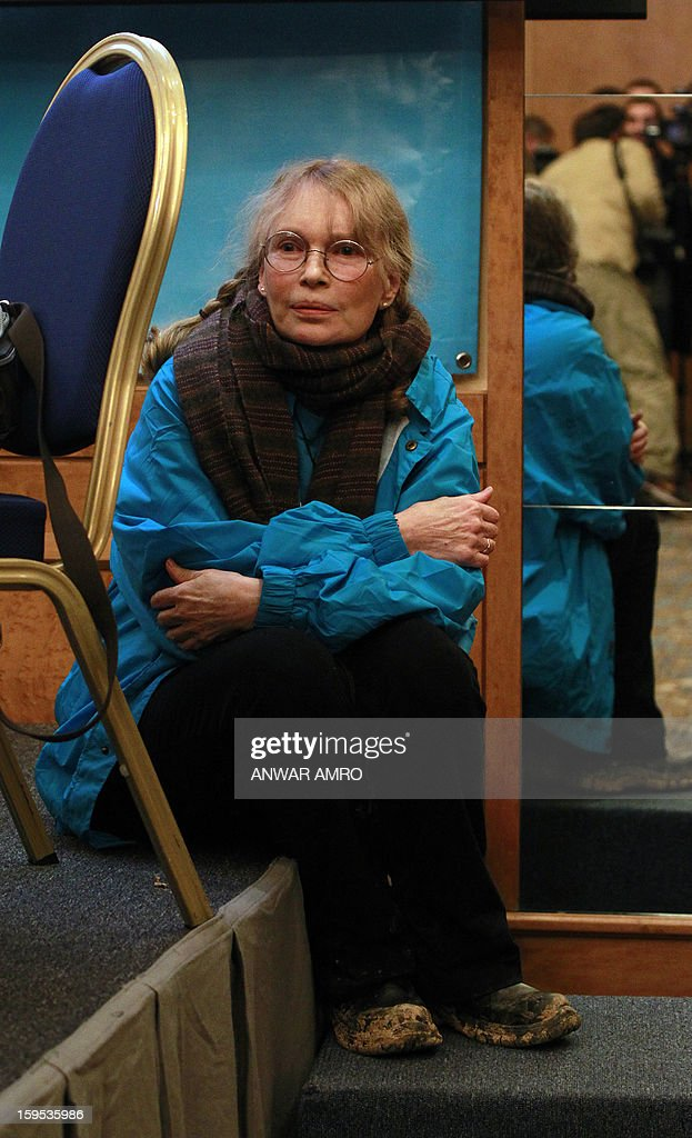 US Actress Mia Farrow, a UNICEF goodwill ambassador, is pictured ahead of a press conference at a hotel in Beirut on January 15, 2013. Farrow is on a two day visit to Lebanon, meeting Syrian refugees. AFP PHOTO / ANWAR AMRO