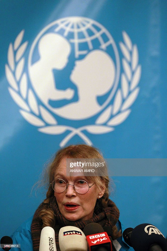 US Actress Mia Farrow, a UNICEF goodwill ambassador, speaks to the press at a hotel in Beirut on January 15, 2013. Farrow is on a two day visit to Lebanon, meeting Syrian refugees.