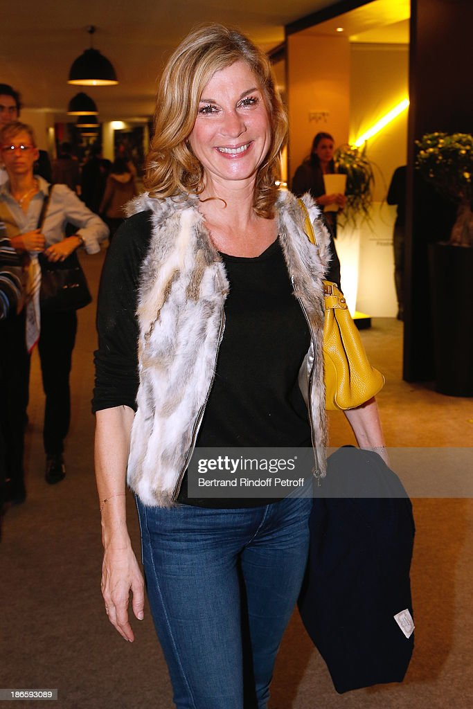 Actress <a gi-track='captionPersonalityLinkClicked' href=/galleries/search?phrase=Michele+Laroque&family=editorial&specificpeople=593269 ng-click='$event.stopPropagation()'>Michele Laroque</a> attends day five of BNP Paribas Tennis Masters held at Bercy on November 1, 2013 in Paris, France.