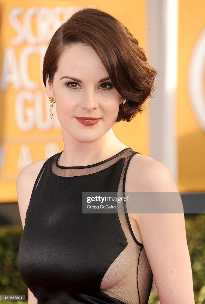 Actress Michelle Dockery arrives at the 19th Annual Screen Actors Guild Awards at The Shrine Auditorium on January 27, 2013 in Los Angeles, California.