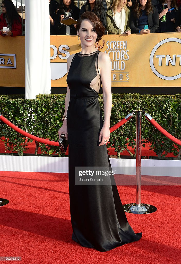 Actress Michelle Dockery attends the 19th Annual Screen Actors Guild Awards at The Shrine Auditorium on January 27, 2013 in Los Angeles, California.