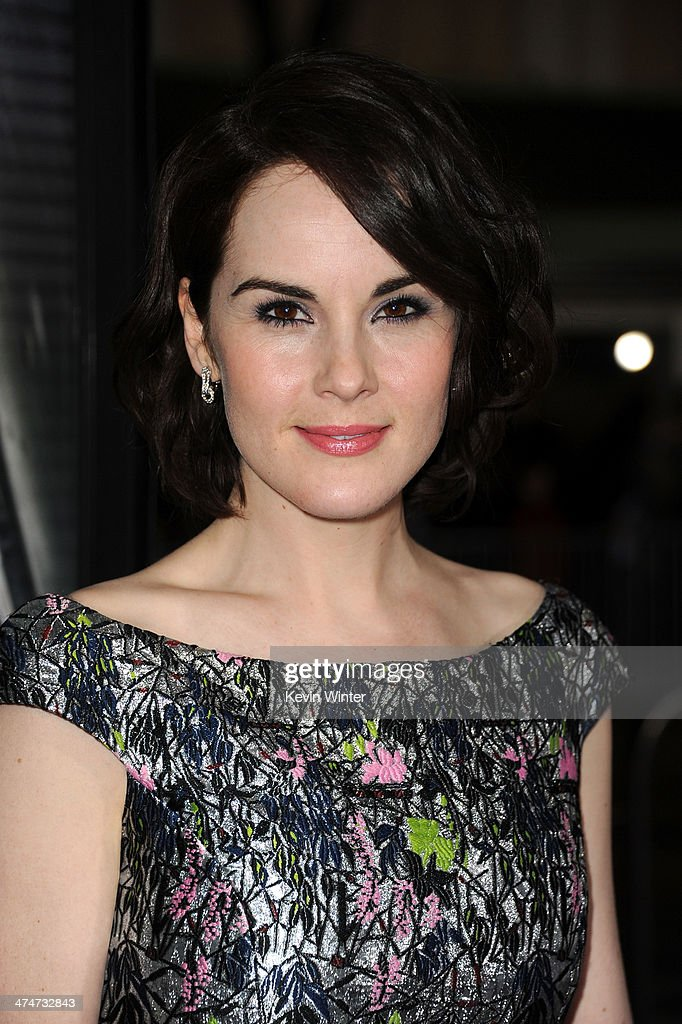 Actress <a gi-track='captionPersonalityLinkClicked' href=/galleries/search?phrase=Michelle+Dockery&family=editorial&specificpeople=4047702 ng-click='$event.stopPropagation()'>Michelle Dockery</a> attends the premiere of Universal Pictures and Studiocanal's 'Non-Stop' at Regency Village Theatre on February 24, 2014 in Westwood, California.