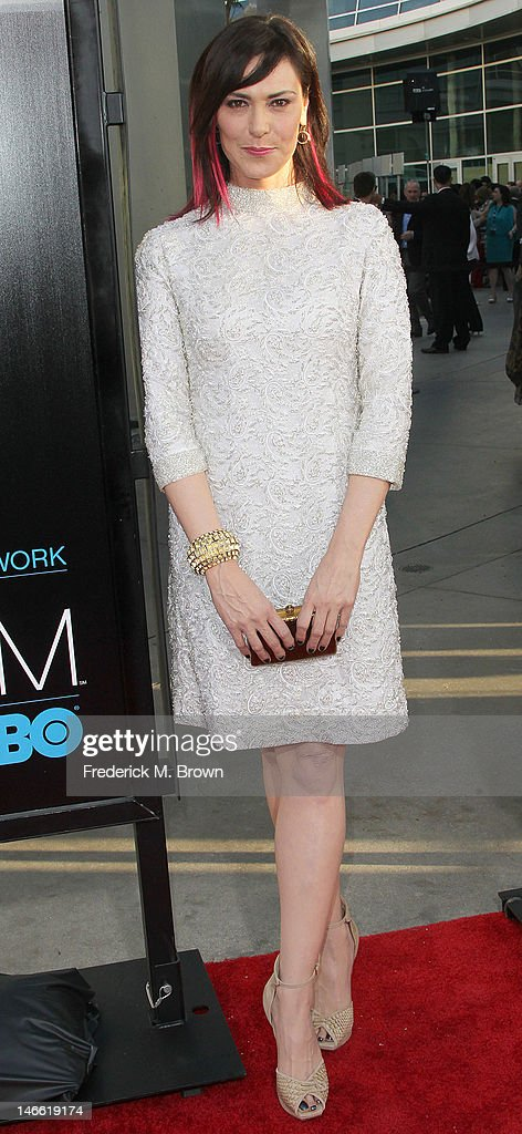 Actress Michelle Forbes attends the Premiere Of HBO's 'The Newsroom' at the ArcLight Cinemas Cinerama Dome on June 20, 2012 in Hollywood, California.