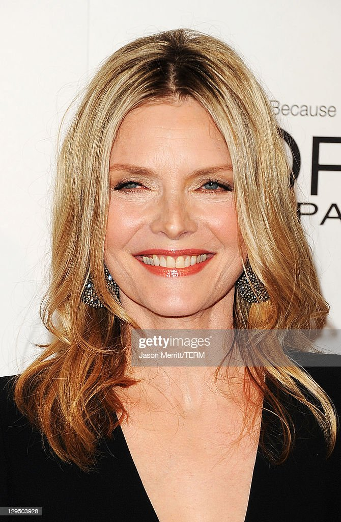 Actress <a gi-track='captionPersonalityLinkClicked' href=/galleries/search?phrase=Michelle+Pfeiffer&family=editorial&specificpeople=212951 ng-click='$event.stopPropagation()'>Michelle Pfeiffer</a> arrives at ELLE's 18th Annual Women in Hollywood Tribute held at the Four Seasons Hotel on October 17, 2011 in Los Angeles, California.