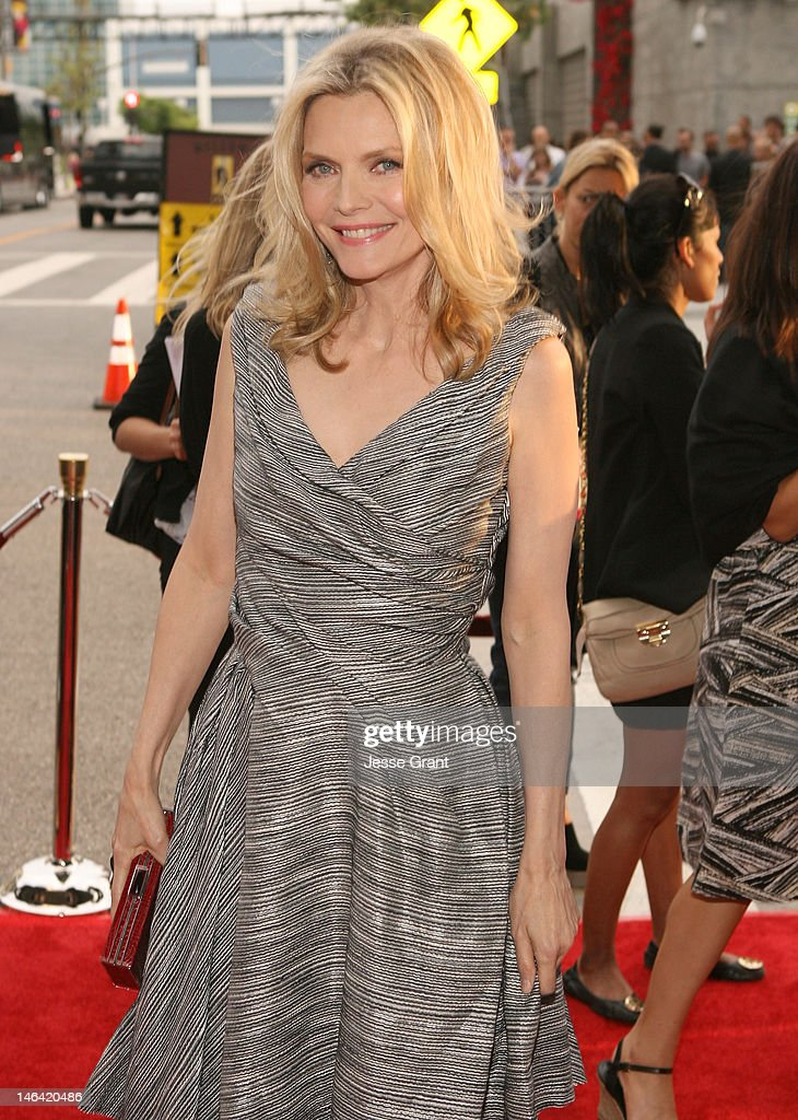 Actress <a gi-track='captionPersonalityLinkClicked' href=/galleries/search?phrase=Michelle+Pfeiffer&family=editorial&specificpeople=212951 ng-click='$event.stopPropagation()'>Michelle Pfeiffer</a> attends the 2012 Los Angeles Film Festival Premiere of 'People Like Us' at Regal Cinemas L.A. LIVE Stadium 14 on June 15, 2012 in Los Angeles, California.