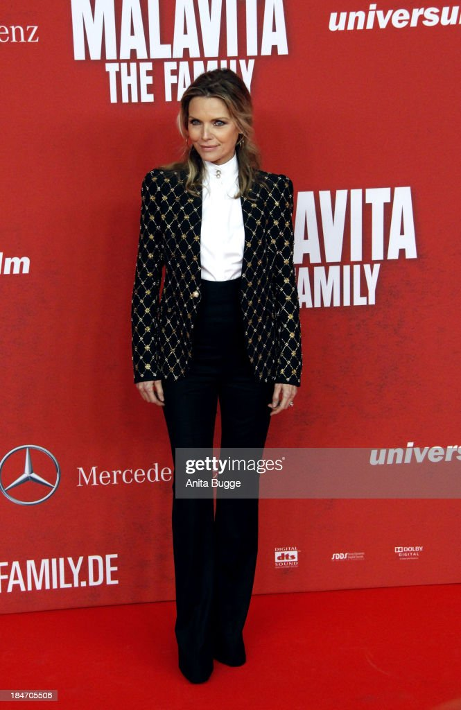 Actress <a gi-track='captionPersonalityLinkClicked' href=/galleries/search?phrase=Michelle+Pfeiffer&family=editorial&specificpeople=212951 ng-click='$event.stopPropagation()'>Michelle Pfeiffer</a> attends the 'Malavita - The Family' Germany premiere at Kino in der Kulturbrauerei on October 15, 2013 in Berlin, Germany.