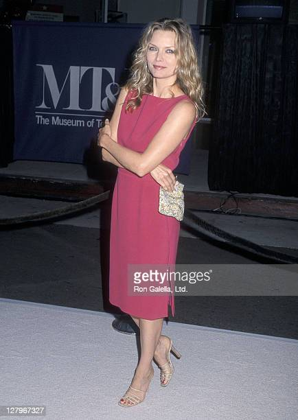Actress Michelle Pfeiffer attends the Museum of Television Radio Honors Steven Bochco and Kelsey Grammer on September 24 2000 at the Museum of...