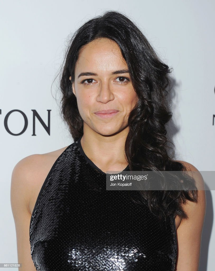 Actress Michelle Rodriguez arrives at amfAR Los Angeles 2017 at Ron Burkleâs Green Acres Estate on October 13, 2017 in Beverly Hills, Californi