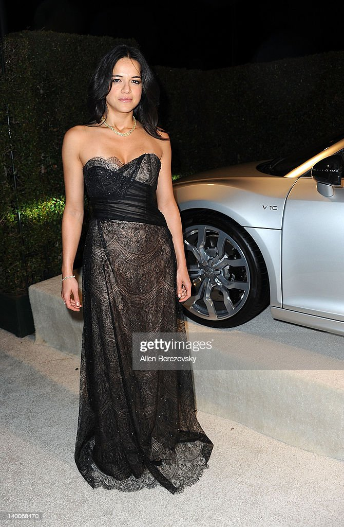 Actress <a gi-track='captionPersonalityLinkClicked' href=/galleries/search?phrase=Michelle+Rodriguez&family=editorial&specificpeople=206182 ng-click='$event.stopPropagation()'>Michelle Rodriguez</a> arrives at Audi Arrivals at 20th annual Elton John AIDS Foundation Academy Awards viewing party on February 26, 2012 in Beverly Hills, California.