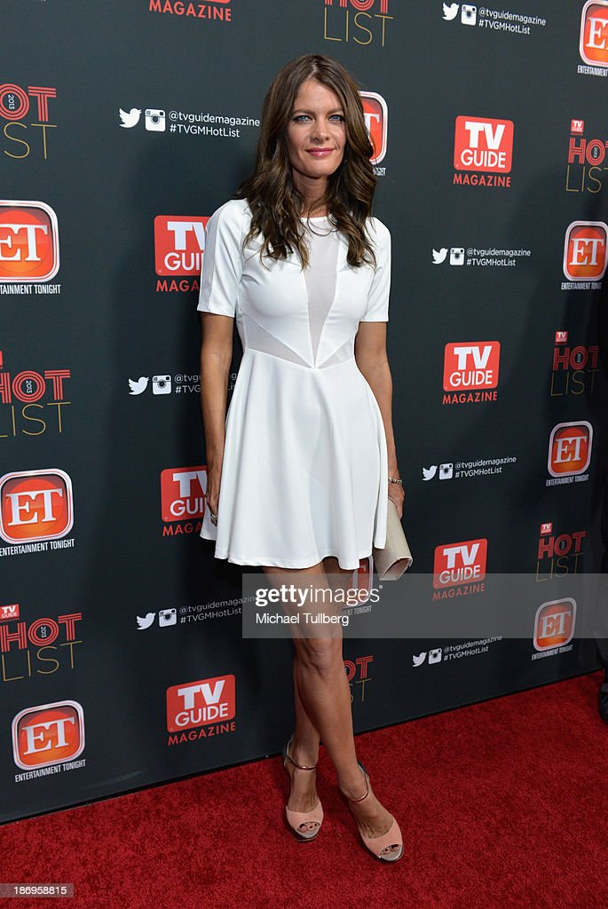 Actress <a gi-track='captionPersonalityLinkClicked' href=/galleries/search?phrase=Michelle+Stafford&family=editorial&specificpeople=171699 ng-click='$event.stopPropagation()'>Michelle Stafford</a> attends TV Guide Magazine's Annual Hot List Party at The Emerson Theatre on November 4, 2013 in Hollywood, California.