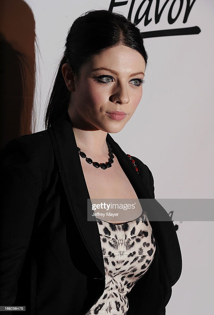 Actress <a gi-track='captionPersonalityLinkClicked' href=/galleries/search?phrase=Michelle+Trachtenberg&family=editorial&specificpeople=202081 ng-click='$event.stopPropagation()'>Michelle Trachtenberg</a> attends the Eva Longoria announces contest winner for 'Lay's 'Do Us A Flavor' Contest at Beso on May 6, 2013 in Hollywood, California.