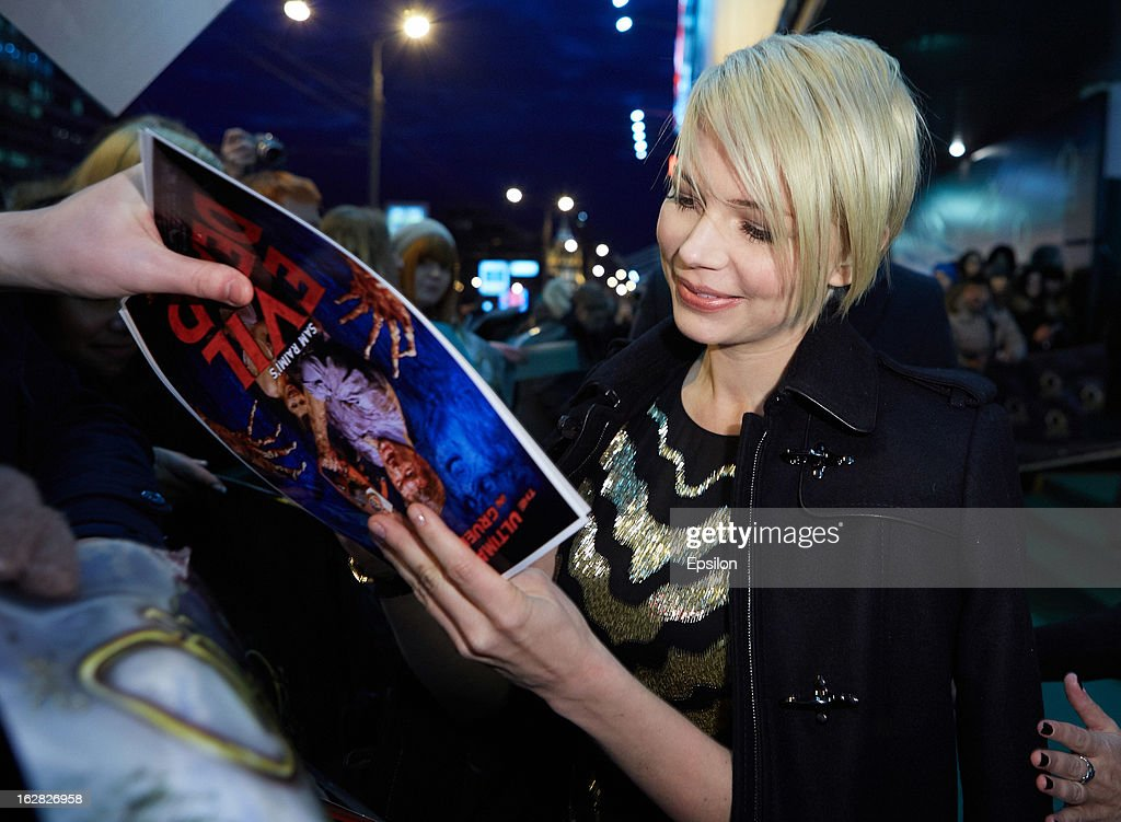 Actress Michelle Williams attend Walt Disney Pictures Moscow premiere of 'Oz The Great And Powerful' - Red Carpet at the Okyabe cinema hall on February 27, 2013 in Moscow, Russia.