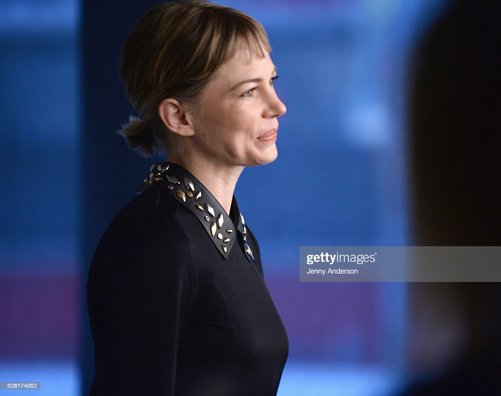 Actress <a gi-track='captionPersonalityLinkClicked' href=/galleries/search?phrase=Michelle+Williams+-+Actress&family=editorial&specificpeople=201698 ng-click='$event.stopPropagation()'>Michelle Williams</a> attends the 2016 Tony Awards Meet The Nominees Press Reception on May 4, 2016 in New York City.