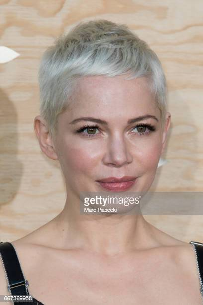 Actress Michelle Williams attends the 'Louis Vuitton Masters a collaboration with Jeff Koons' dinner at Musee du Louvre on April 11 2017 in Paris...