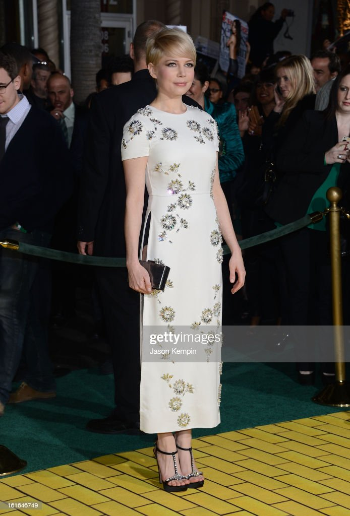 Actress Michelle Williams attends the premiere Of Walt Disney Pictures' 'Oz The Great And Powerful' at the El Capitan Theatre on February 13, 2013 in Hollywood, California.