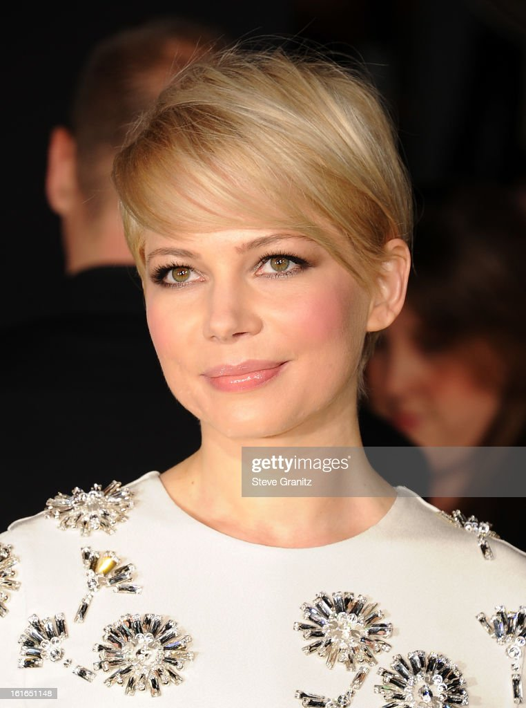 Actress Michelle Williams (hair detail) attends the world premiere of Disney's 'OZ The Great And Powerful' at the El Capitan Theatre on February 13, 2013 in Hollywood, California.