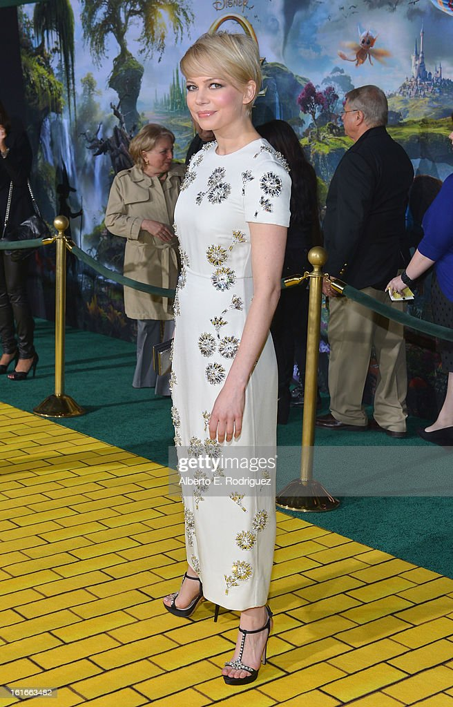 Actress Michelle Williams attends Walt Disney Pictures World Premiere of 'Oz The Great And Powerful' - Red Carpet at the El Capitan Theatre on February 13, 2013 in Hollywood, California.