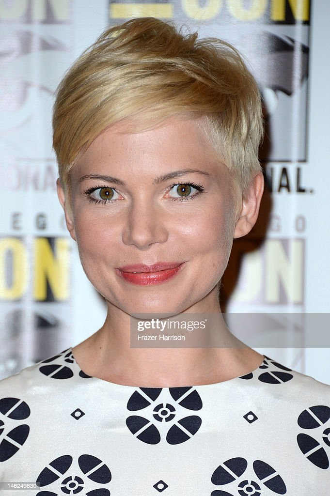 Actress <a gi-track='captionPersonalityLinkClicked' href=/galleries/search?phrase=Michelle+Williams+-+Actress&family=editorial&specificpeople=201698 ng-click='$event.stopPropagation()'>Michelle Williams</a> attends Walt Disney Studios: 'Frankenweenie,' 'Wreck It Ralph' and 'Oz' during Comic-Con International 2012 held at the Hilton San Diego Bayfront Hotel on July 13, 2012 in San Diego, California.