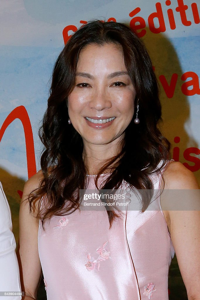 Actress <a gi-track='captionPersonalityLinkClicked' href=/galleries/search?phrase=Michelle+Yeoh&family=editorial&specificpeople=223894 ng-click='$event.stopPropagation()'>Michelle Yeoh</a> attends the 6th Chinese Film Festival