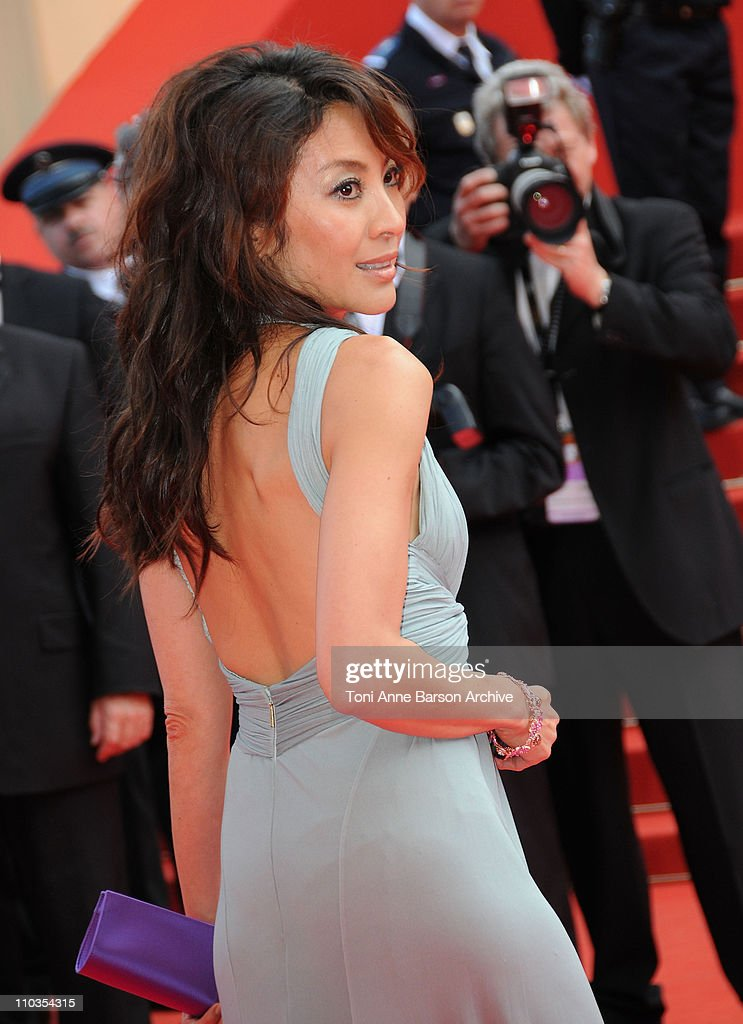 Actress Michelle Yeoh attends the 'Che' premiere at the Palais des Festivals during the 61st International Cannes Film Festival on May 21 2008 in...