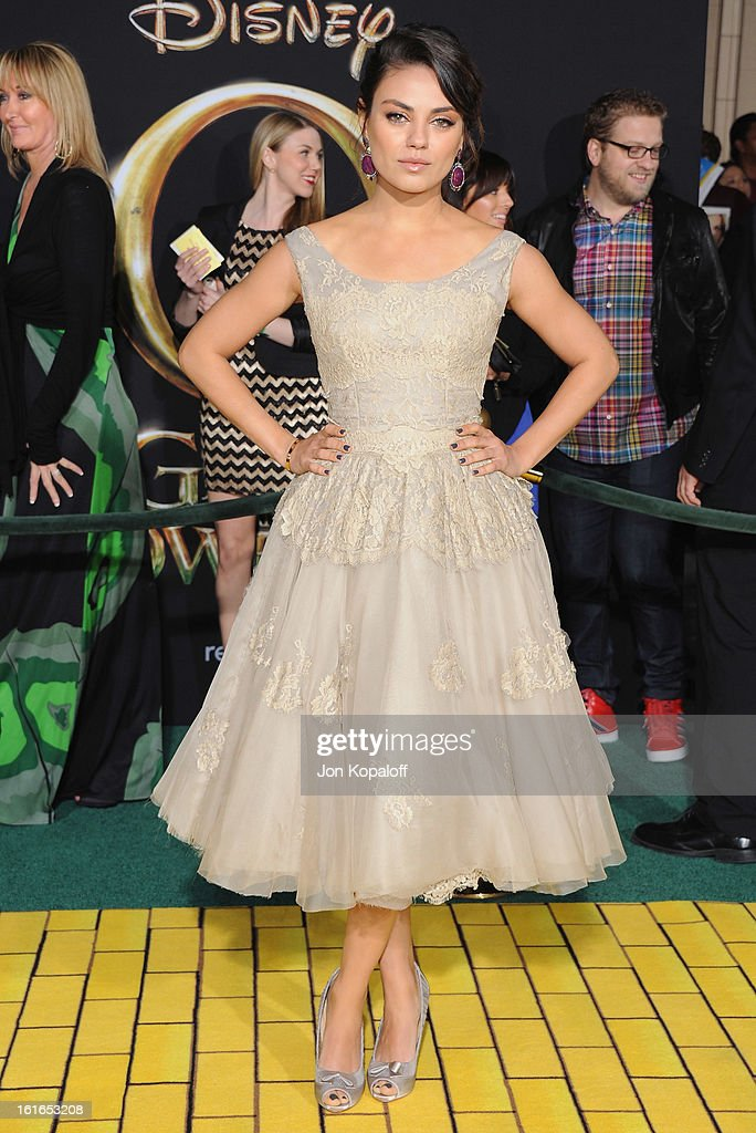 Actress Mila Kunis arrives at the Los Angeles Premiere 'Oz The Great and Powerful' at the El Capitan Theatre on February 13, 2013 in Hollywood, California.