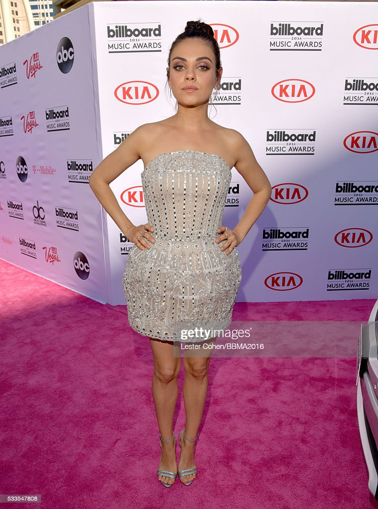 actress-mila-kunis-attends-the-2016-billboard-music-awards-at-tmobile-picture-id533547808