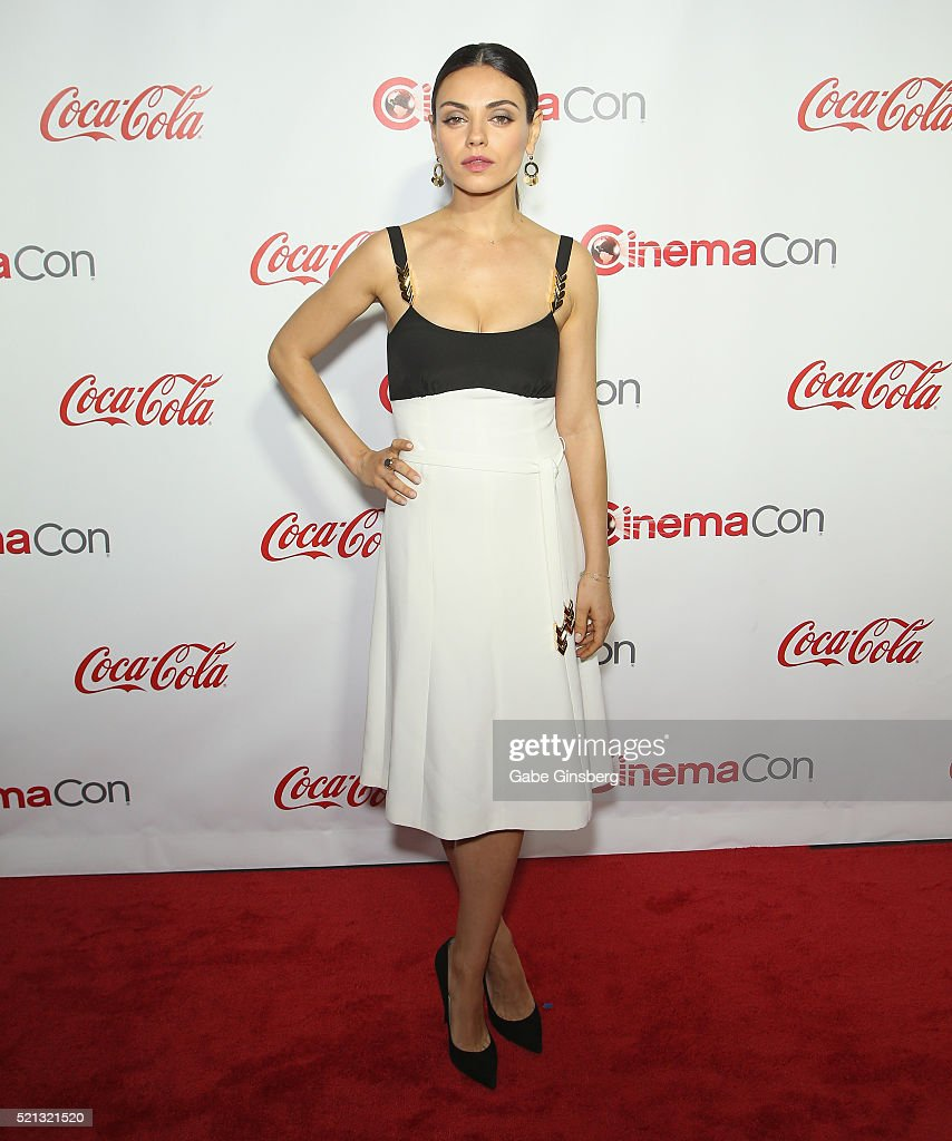 Actress Mila Kunis one of the recipients of the Female Stars of the Year Award attends the CinemaCon Big Screen Achievement Awards at Omnia Nightclub...