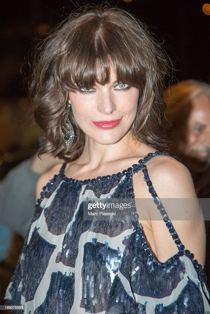 Actress Milla Jovovich arrives to attend the 'Vanity Fair Chanel' dinner at 'Tetou' restaurant during the 66th Annual Cannes Film Festival on May 19, 2013 in Le Golfe Juan, France.
