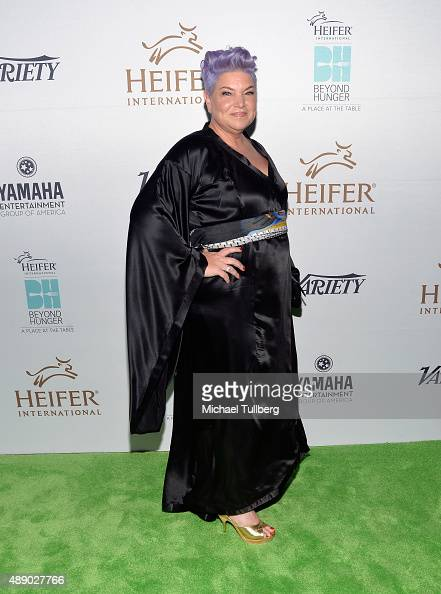 Actress Mindy Cohn attends Heifer International's 4th Annual Beyond Hunger Gala at Montage Beverly Hills on September 18 2015 in Beverly Hills...
