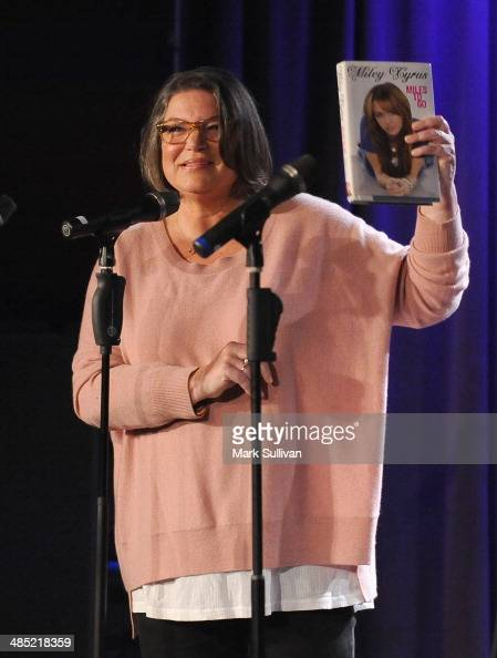 Actress Mindy Cohn during Celebrity Autobiography The Music Edition Volume 4 at The GRAMMY Museum on April 16 2014 in Los Angeles California