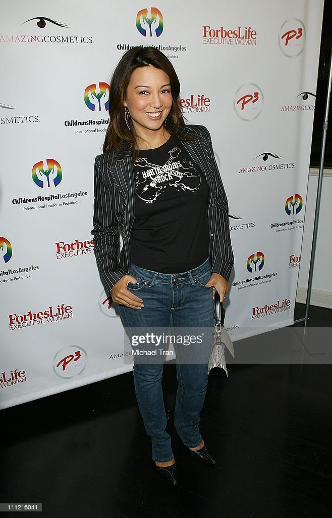 Actress MingNa attends the Mom's Day of Beauty event at The Beverly Wilshire Hotel on September 26 2007 in Beverly Hills California