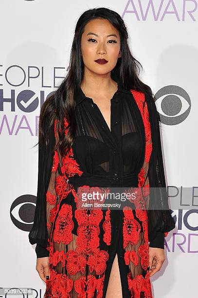 Actress MingNa Wen arrives at the People's Choice Awards 2016 at Microsoft Theater on January 6 2016 in Los Angeles California