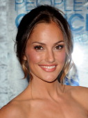 Actress Minka Kelly arrives at the 2011 People's Choice Awards at Nokia Theatre LA Live on January 5 2011 in Los Angeles California
