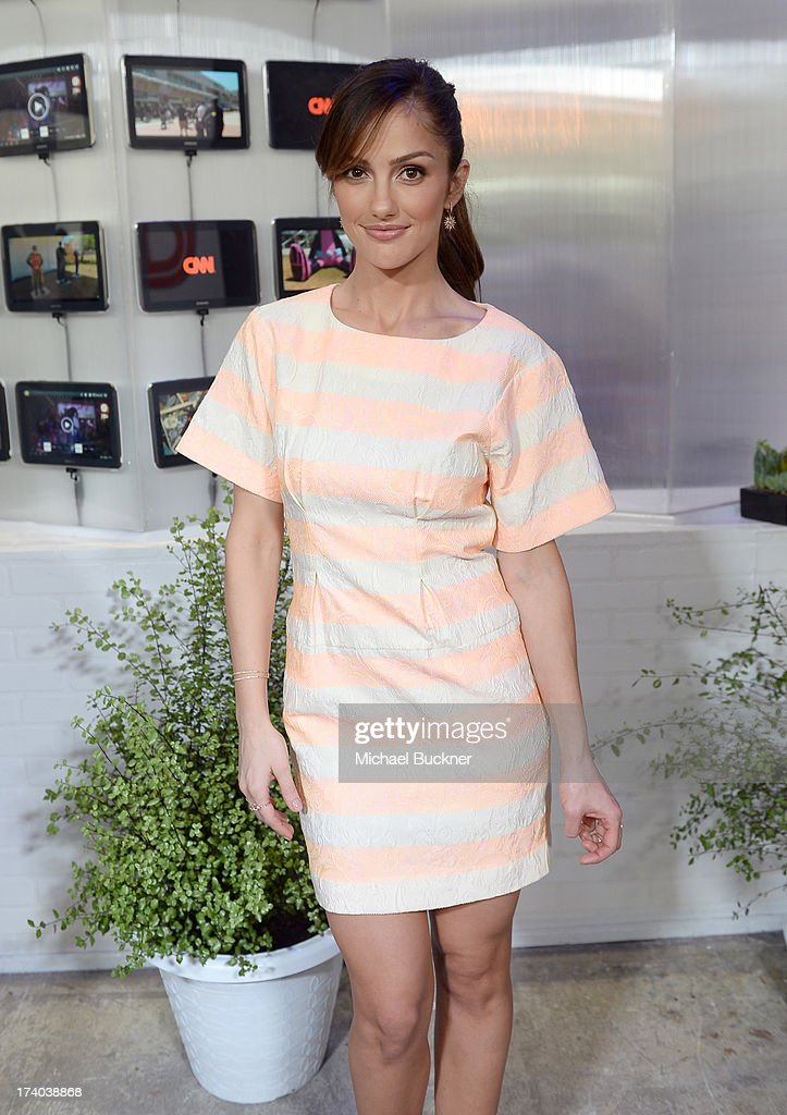 Actress <a gi-track='captionPersonalityLinkClicked' href=/galleries/search?phrase=Minka+Kelly&family=editorial&specificpeople=632847 ng-click='$event.stopPropagation()'>Minka Kelly</a> attends Day 2 of The Samsung Galaxy Experience on July 19, 2013 in San Diego, California.