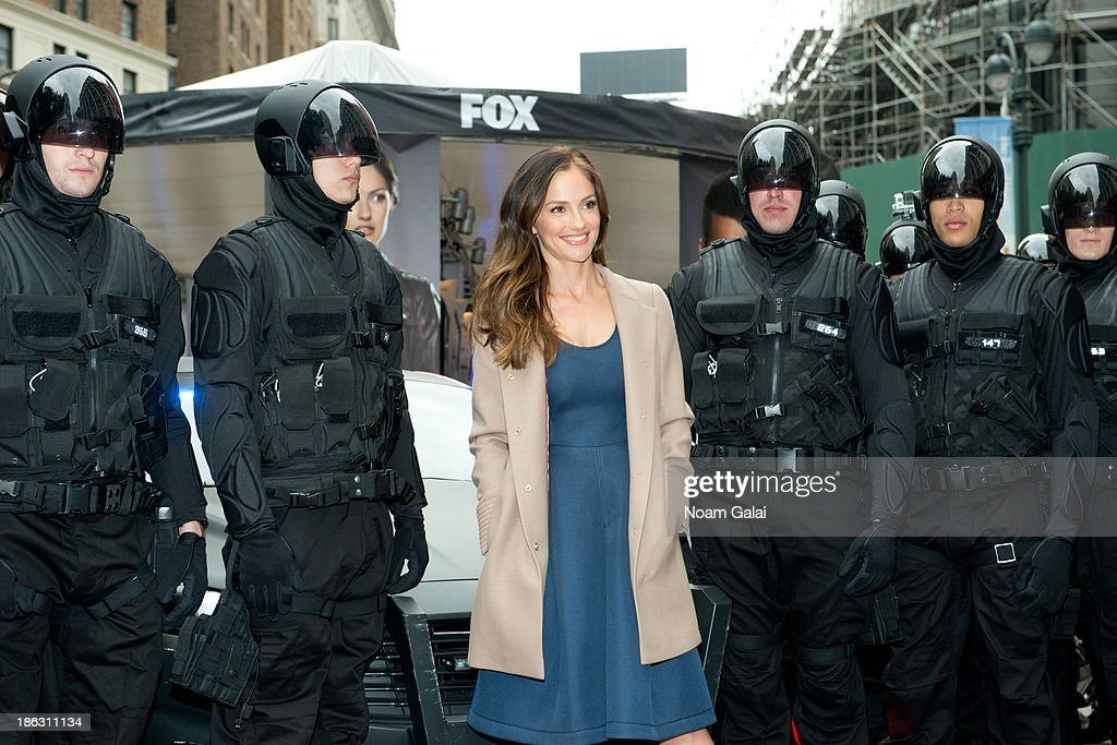 Actress <a gi-track='captionPersonalityLinkClicked' href=/galleries/search?phrase=Minka+Kelly&family=editorial&specificpeople=632847 ng-click='$event.stopPropagation()'>Minka Kelly</a> (C) attends the Almost Human-(hattan) Experience in Herald Square on October 30, 2013 in New York City.