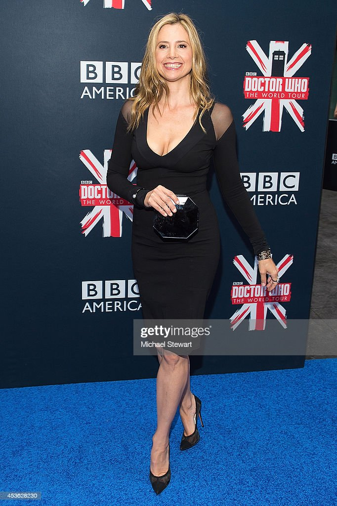 Actress <a gi-track='captionPersonalityLinkClicked' href=/galleries/search?phrase=Mira+Sorvino&family=editorial&specificpeople=203143 ng-click='$event.stopPropagation()'>Mira Sorvino</a> attends BBC America's 'Doctor Who' Premiere Fan Screening at Ziegfeld Theater on August 14, 2014 in New York City.