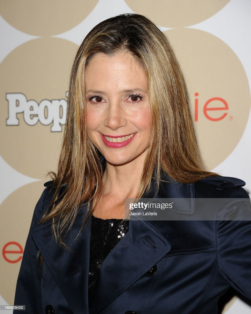 Actress <a gi-track='captionPersonalityLinkClicked' href=/galleries/search?phrase=Mira+Sorvino&family=editorial&specificpeople=203143 ng-click='$event.stopPropagation()'>Mira Sorvino</a> attends People's 'Ones To Watch' party at Hinoki & the Bird on October 9, 2013 in Los Angeles, California.