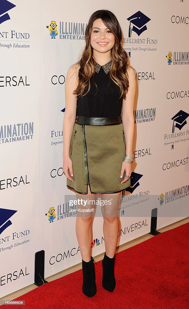 Actress <a gi-track='captionPersonalityLinkClicked' href=/galleries/search?phrase=Miranda+Cosgrove&family=editorial&specificpeople=709215 ng-click='$event.stopPropagation()'>Miranda Cosgrove</a> arrives at Fulfillment Fund Stars 2013 Benefit Gala at The Beverly Hilton Hotel on October 23, 2013 in Beverly Hills, California.