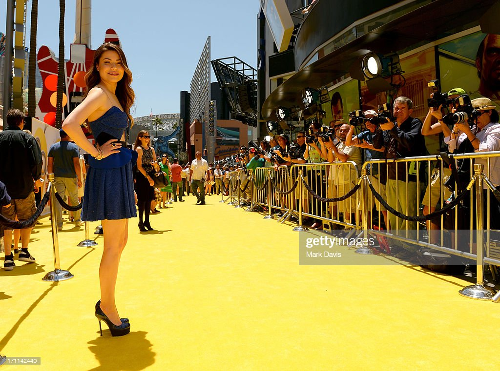 Actress <a gi-track='captionPersonalityLinkClicked' href=/galleries/search?phrase=Miranda+Cosgrove&family=editorial&specificpeople=709215 ng-click='$event.stopPropagation()'>Miranda Cosgrove</a> arrives at the premiere of Universal Pictures' 'Despicable Me 2' at Gibson Amphitheatre on June 22, 2013 in Universal City, California.
