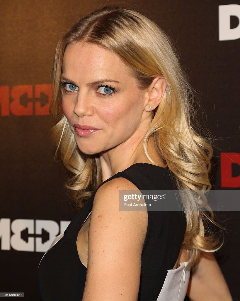 Actress <a gi-track='captionPersonalityLinkClicked' href=/galleries/search?phrase=Mircea+Monroe&family=editorial&specificpeople=3003566 ng-click='$event.stopPropagation()'>Mircea Monroe</a> attends the 'Dumbbells' premiere at SupperClub Los Angeles on January 7, 2014 in Los Angeles, California.