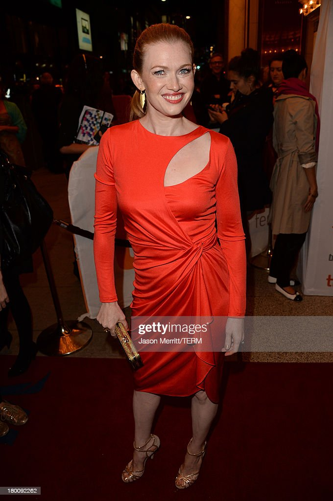 Actress <a gi-track='captionPersonalityLinkClicked' href=/galleries/search?phrase=Mireille+Enos&family=editorial&specificpeople=784800 ng-click='$event.stopPropagation()'>Mireille Enos</a> attends 'The Devil's Knot' premiere during the 2013 Toronto International Film Festival at The Elgin on September 8, 2013 in Toronto, Canada.