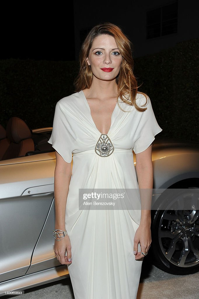 Actress <a gi-track='captionPersonalityLinkClicked' href=/galleries/search?phrase=Mischa+Barton&family=editorial&specificpeople=201862 ng-click='$event.stopPropagation()'>Mischa Barton</a> arrives at Audi Arrivals at 20th annual Elton John AIDS Foundation Academy Awards viewing party on February 26, 2012 in Beverly Hills, California.