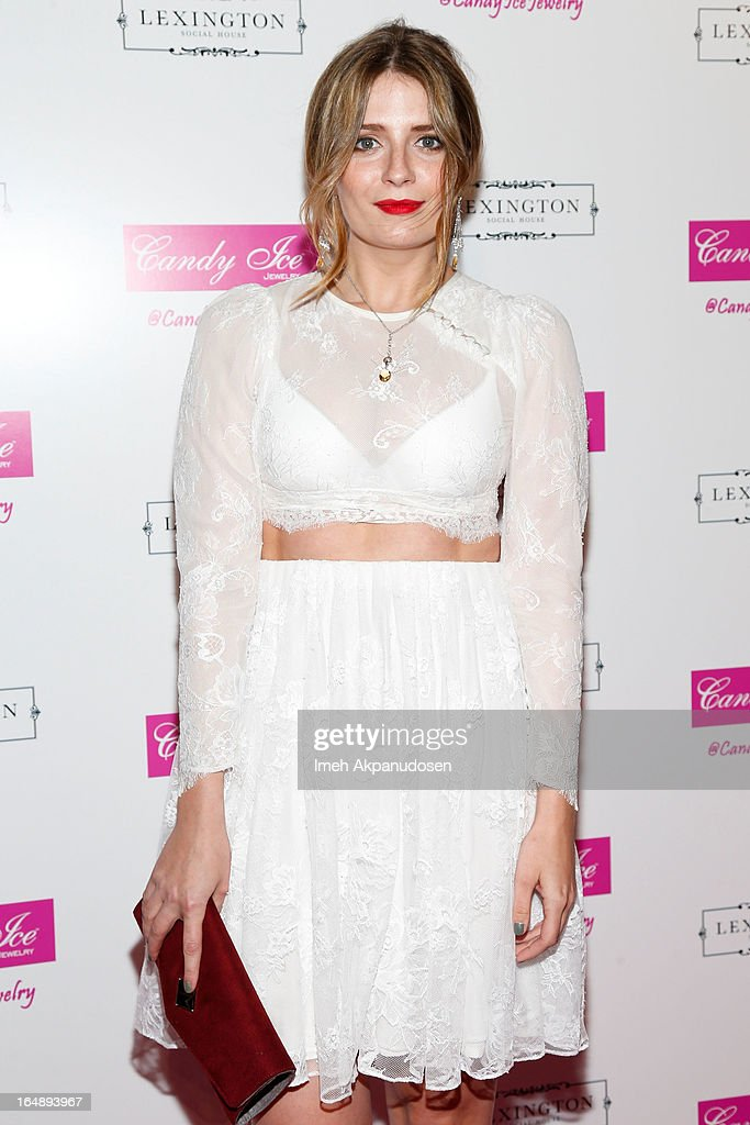 Actress Mischa Barton attends the Fire & Ice Gala Benefiting Fresh2o at Lexington Social House on March 28, 2013 in Hollywood, California.